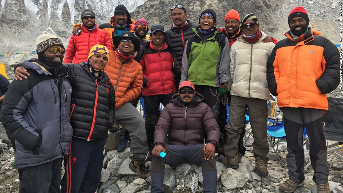 Mount Everest victims' grueling final hours - CNN