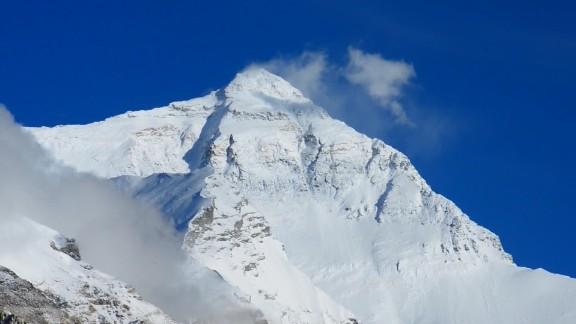 Climbing Everest for P.T.S.D. awareness orig_00000000.jpg