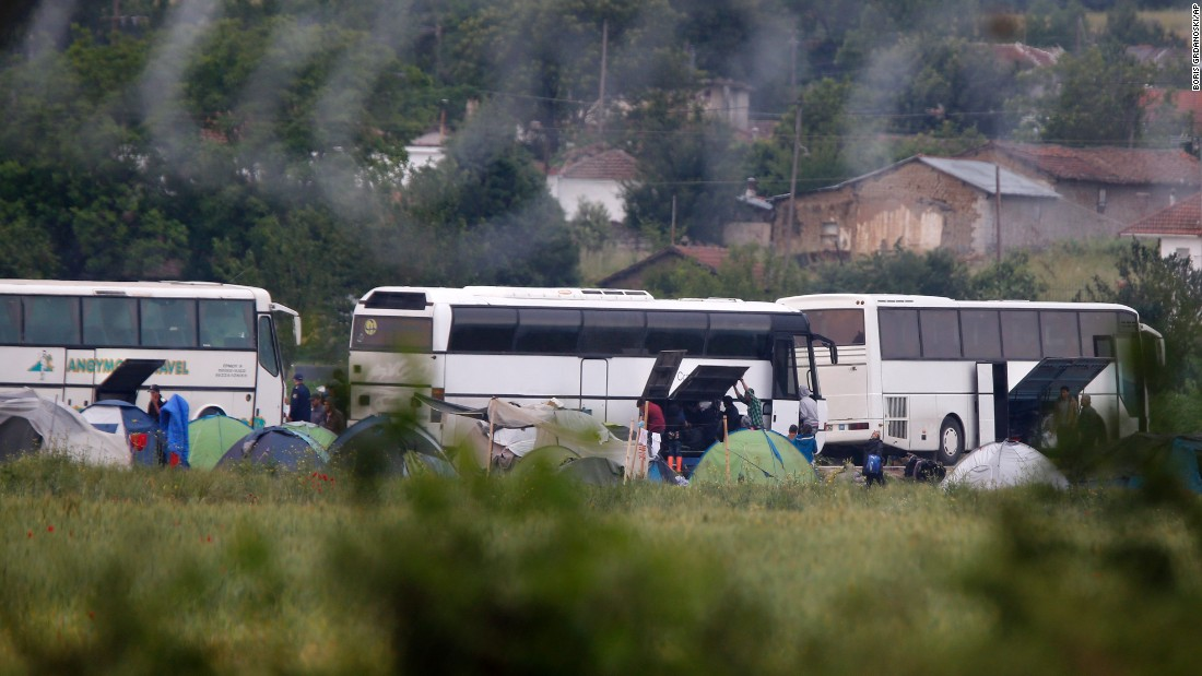 Buses take migrants away from Greece's largest informal refugee camp. Authorities are gradually evacuating the camp, where thousands of people have been living for months in dire conditions.