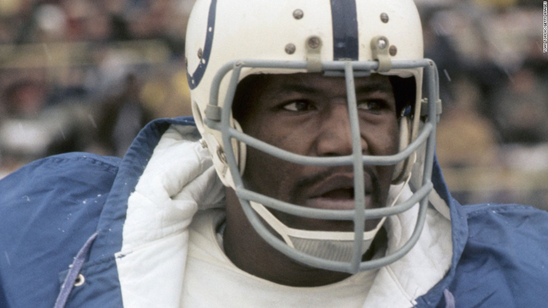 "<a href=""http://edition.cnn.com/2011/SPORT/08/03/bubba.smith.obit/"">Charles ""Bubba"" Smith</a>, a former football player and actor who died in 2011, was also diagnosed with CTE. Smith played for the Baltimore Colts, the Oakland Raiders and the Houston Oilers."