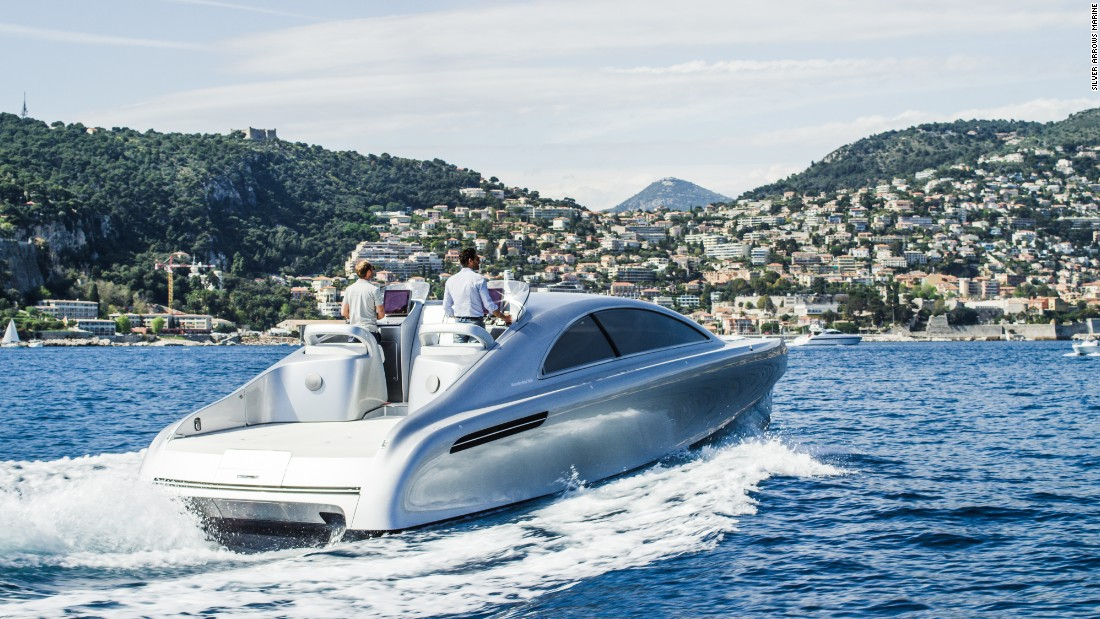 The world-famous German car manufacturer, with a little help from British-based boat-building company Silver Arrow Marine, has for its latest offering swapped the more comfortable surroundings of land for uncharted waters.