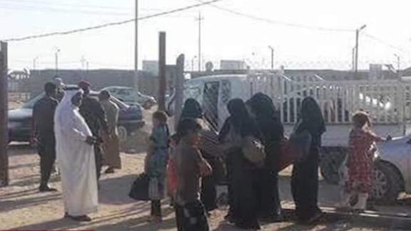 families flee falluja lise grande intv_00003726.jpg