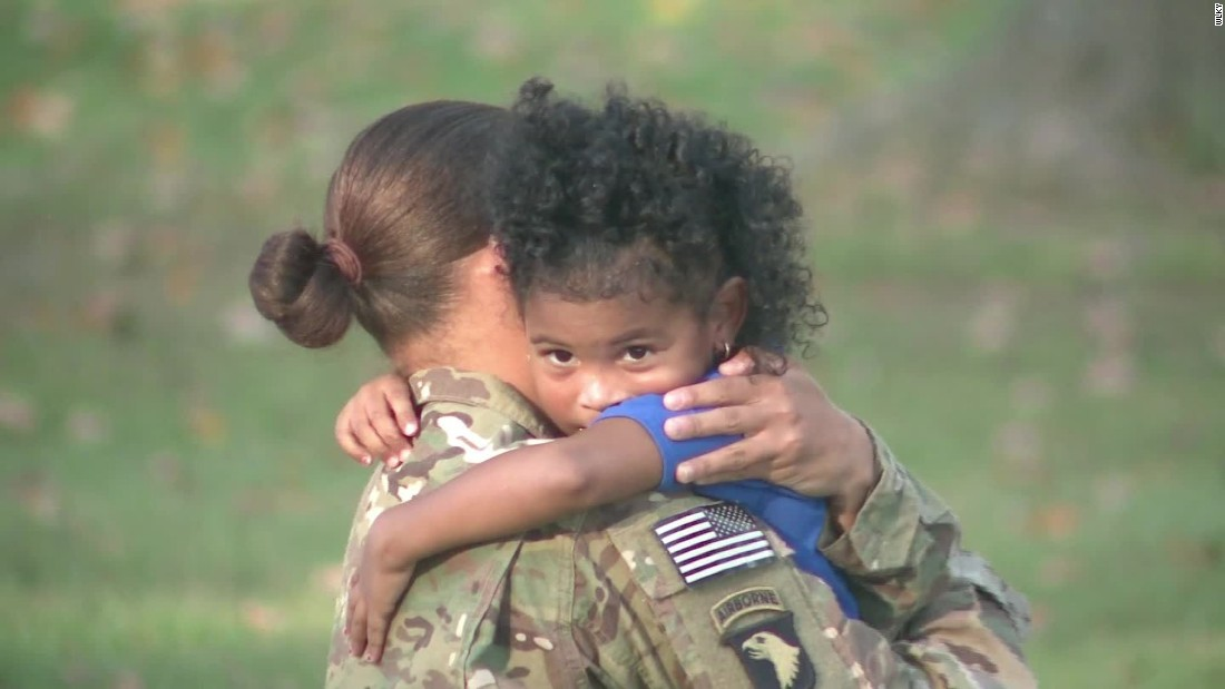itun soldier homecoming heartwarming - 1100×619