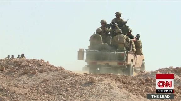 us troops raqqa kurd syria anti isis sciutto dnt lead_00004709.jpg