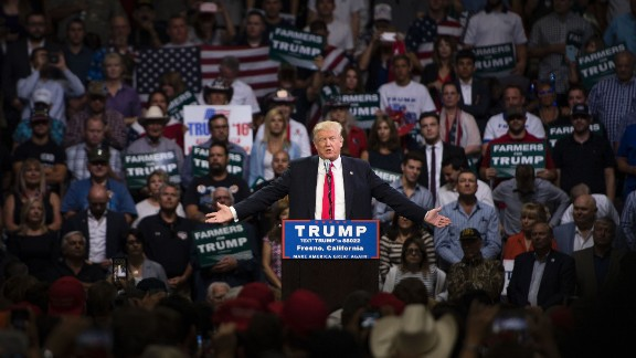 Republican presidential candidate Donald Trump speaks during a rally in Fresno, California on May 27, 2016.  / AFP / JOSH EDELSON        (Photo credit should read JOSH EDELSON/AFP/Getty Images)
