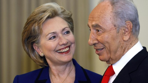Israeli President Shimon Peres meets with Clinton at the president