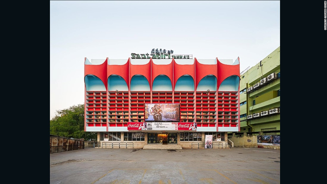 Photographers Stefanie Zoche and Sabine Haubitz, captured some of South India's most stunning cinemas between 2011 and 2014.