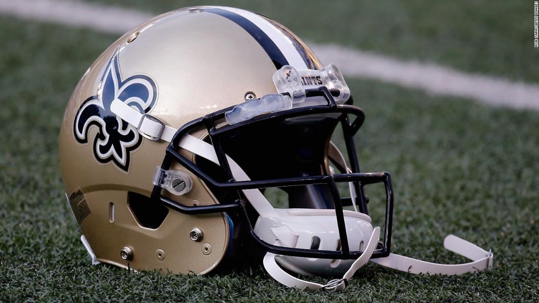 NFLのニューオーリンズ聖闘曲メカトリックの性虐待の訴訟