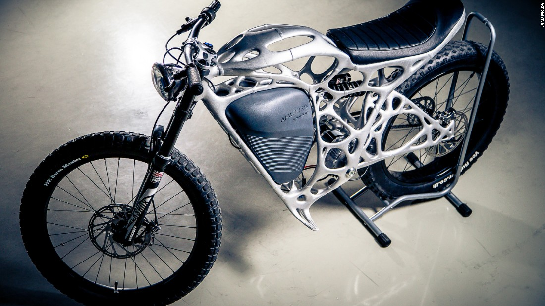 Designed by Airbus subsidiary, AP Works, the e-bike weighs 35 kilos (77 lbs) in total.