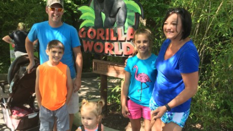 Molly McCray with her family at the Cincinnati  Zoo.