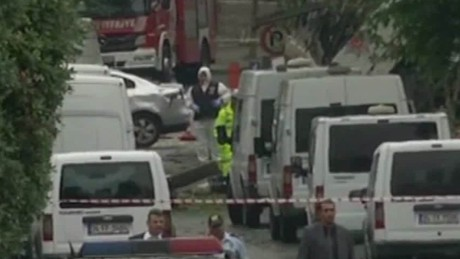 car bombing kills 11 in istanbul_00000204