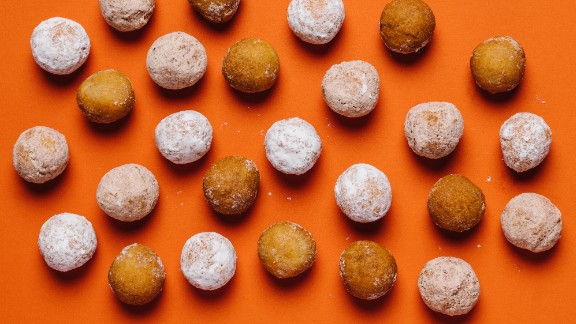 Here are the best options at Dunkin Donuts if you're focused on healthy choices within the limits of the menu. For children, old fashioned, powdered and cinnamon Munchkins are the lowest in calories and saturated fat, and their size creates portion control.