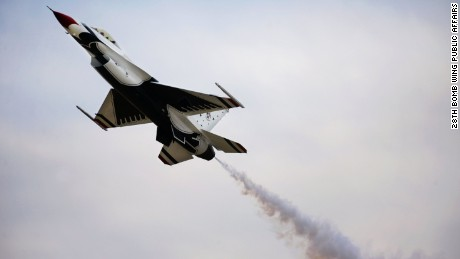 US Air Force Thunderbirds pilot killed in crash