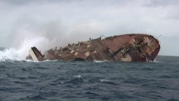 sinking ships artificial reefs Texas nccorig_00000000.jpg