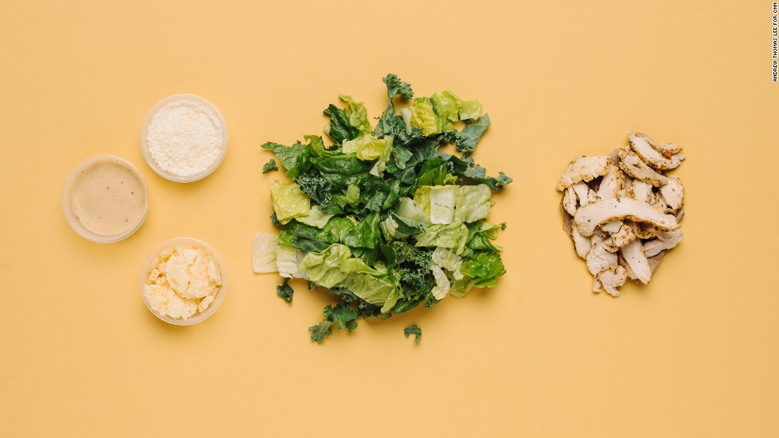 Low carbs at Panera Bread is maintained by ordering the romaine and kale Caesar salad with chicken (half), which has only 5 grams of carbs but plenty of protein.