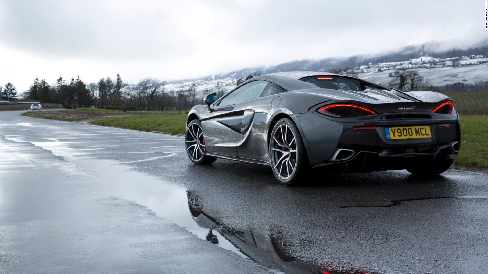 mclaren 570s how to design an affordable supercar cnn style