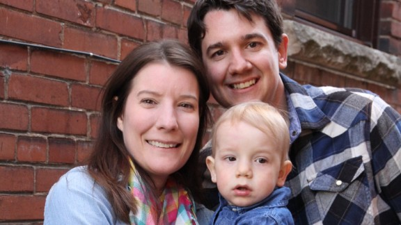 Jonathan Lee along with his wife and son, 2