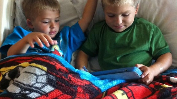 Kadin with his bother Ian, who is 7.