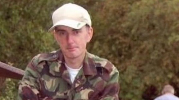 who is jo cox murder suspect thomas mair pleitgen cnn today_00010502.jpg