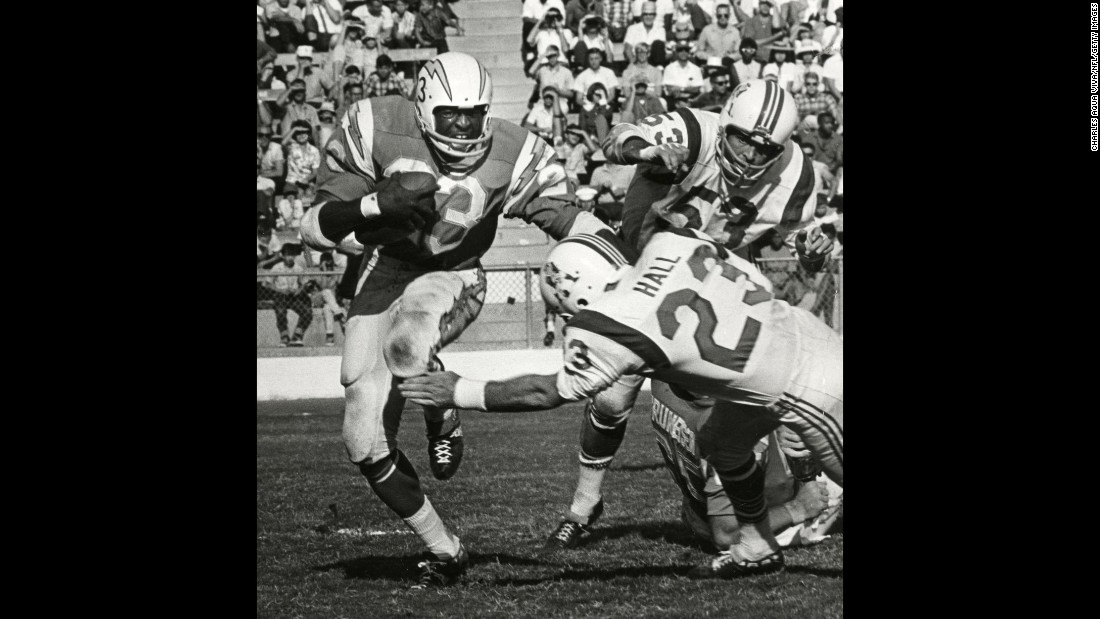 <strong>San Diego:</strong> The San Diego Chargers last won a championship when they defeated the Boston Patriots in the 1963 AFL Championship. The Bolts got close in 1995 but they were outmatched by the San Francisco 49ers in Super Bowl XXIX. The Padres made it to the World Series in 1984 and 1998 but couldn't close the deal.