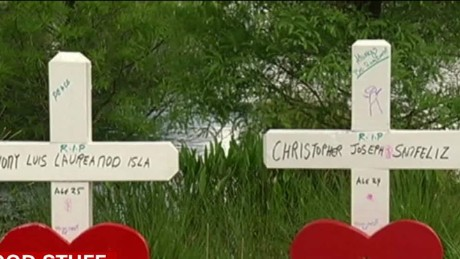 Man Builds 49 Wooden Crosses To Honor Orlando Victims