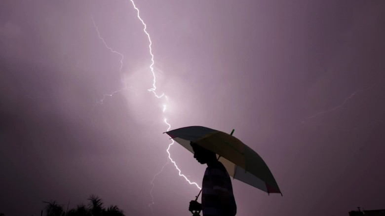 Why is lightning more deadly in developing countries?