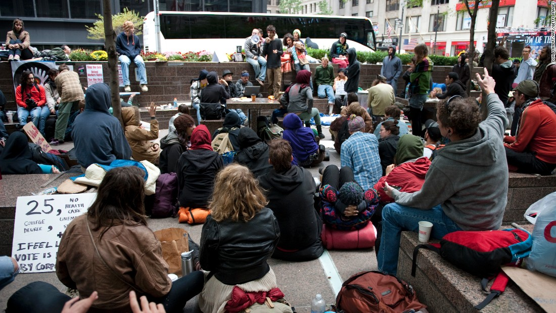 In September 2011, participants in the Occupy Wall Street protest met in a park in New York. About 1,000 demonstrators gathered to protest the U.S. capitalist system.