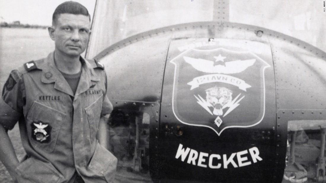 Obama awards Medal of Honor to Charles Kettles Vietnam War