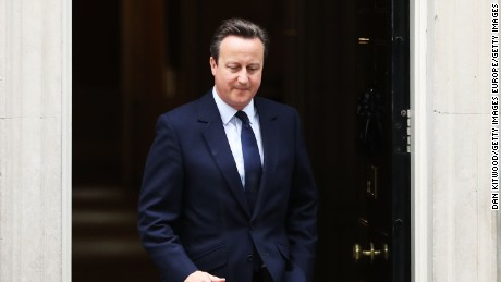 David Cameron tells opposition leader to resign