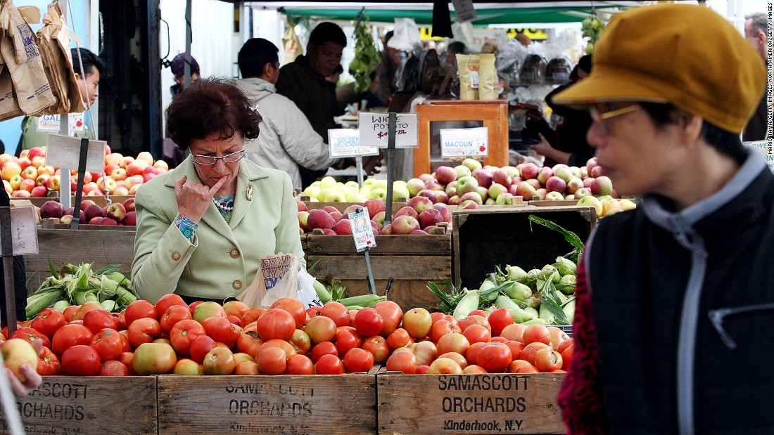 <strong>Union Square Farmers Market, New York City:</strong> With more than 140 regional farmers, fishmongers, bakers and butchers, New York's Union Square market caters to more than 60,000 shoppers on peak days.
