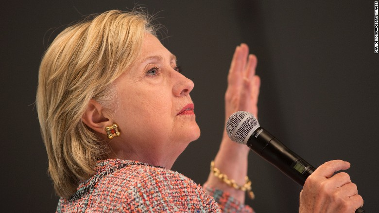 Clinton meets with FBI over email server use