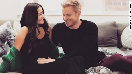 bachelor couple sean catherine lowe first baby orig vstan _00000000.jpg