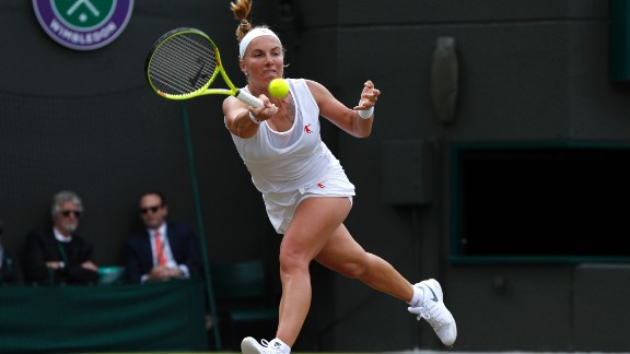 Williams will play Svetlana Kuznetsova in round four after the Russian defeated Sloane Stephens 6-7 6-2 8-6 in a thrilling contest on Court 1.