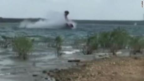 Video captures plane crash into lake