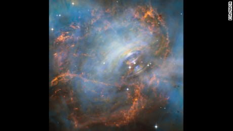Hubble showcases Crab Nebula's 'beating heart'