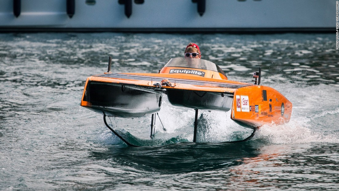 Last year's record was set by Dutchman Gerard van der Schaar of the Clafis Private Energy Solar Team, who clocked a speed of 44.4 km/h over one eighth of a nautical mile (231.5 meters).