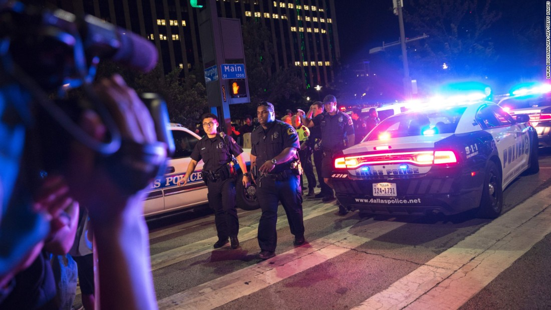 Cops pound steve cruz