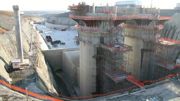 The Ingula Hydroelectric Plant in South Africa has now begun production, and is the fourth of its kind to be built in the country. With some parts still under construction, it has a planned capacity of around 1,100 megawatts and will be one of the largest in terms of power generating capacity once fully operational, according to construction company Salini Impregilo.