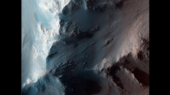 The RSL appear in places such as the Coprates Chasma ridge, within the Valles Marineris canyon, during the northern summer and southern winter (regarding Mars