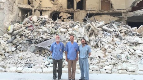 Doctors risk their lives to help war victims in Aleppo