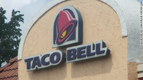 c293765637d Taco Bell fired an employee and apologized to an Alabama sheriff  39 s  office