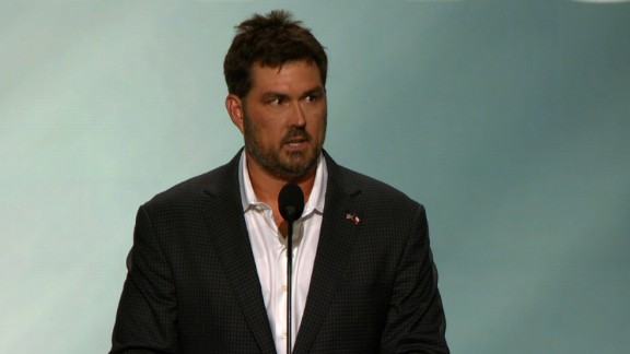 RNC: U-S NAVY SEAL MARCUS LUTTRELL (WALK-UP)
