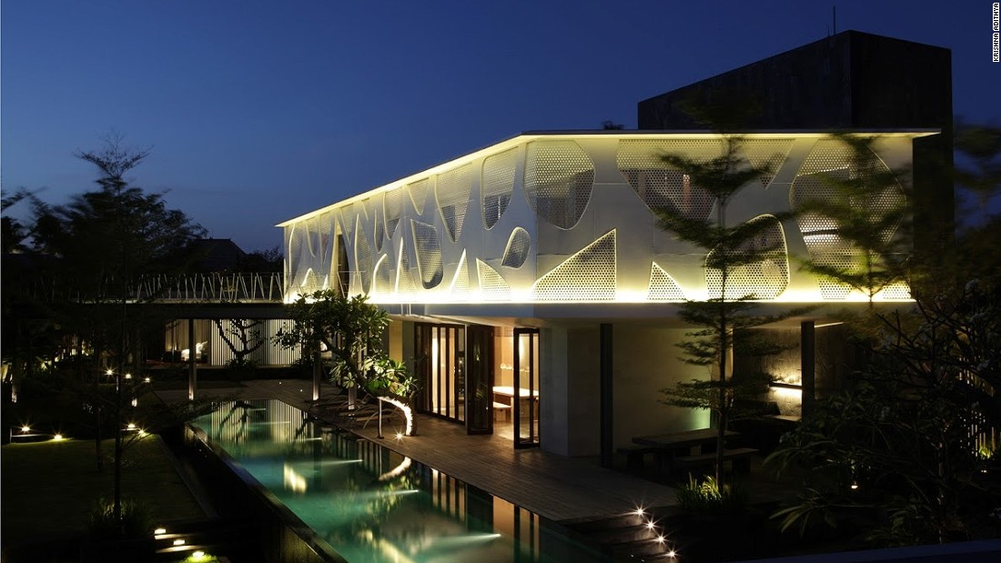 Pradono envisaged this Bali-based property as a contemporary, tropical living space.
