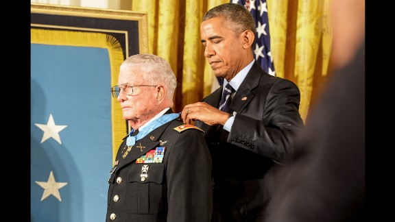 U.S. President Barack Obama awards the Medal of Honor to retired Army Lt. Col. Charles Kettles on Monday, July 18. Kettles, now 86, is credited with saving the lives of 40 soldiers during the Vietnam War.