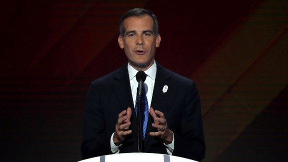 Los Angeles Mayor Eric Garcetti delivers remarks on the fourth day of the Democratic National Convention at the Wells Fargo Center, July 28, 2016 in Philadelphia, Pennsylvania.