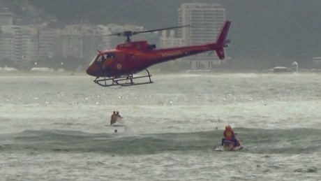 rio olympics helicopter rescue flores pkg_00010307.jpg