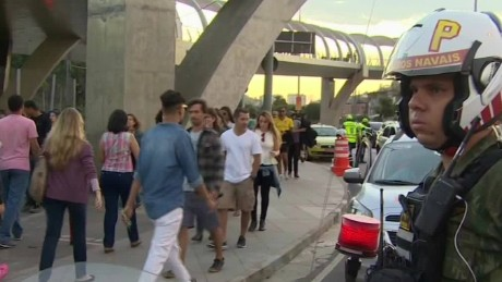 rio security concerns nick paton walsh_00022022