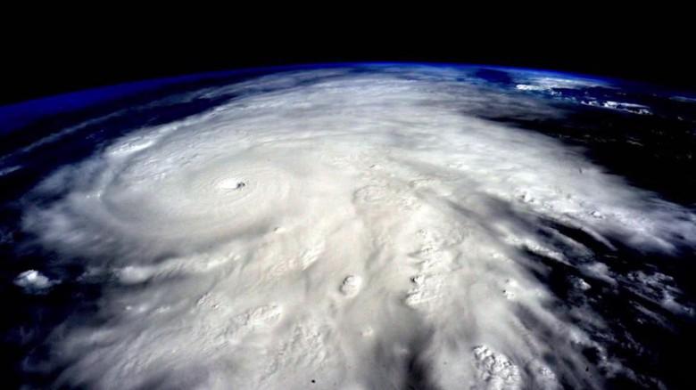 typhoons vs hurricanes chad myers_00000000
