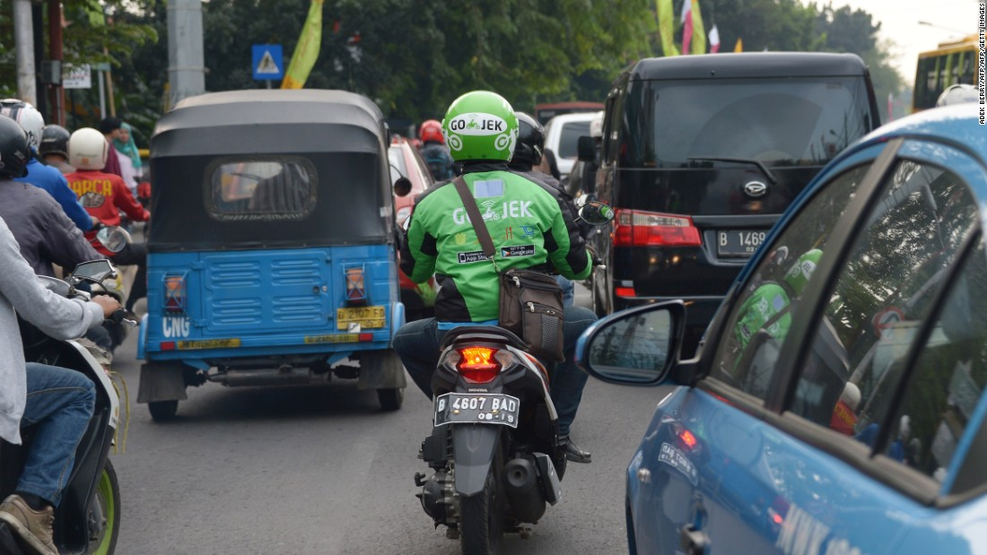 Go-Jek, a popular motorbike-hailing app, is putting a new spin on smartphone taxi services in the Indonesian capital. Thousands of motorcyclists in distinctive green jackets and helmets offer commuters an escape from Jakarta's notorious traffic gridlock.