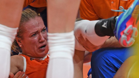 Dutch volleyball player Maret Balkestein-Grothues hurt her ankle in the fourth set of the loss against the United States. She didn't return.
